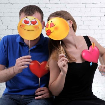 """Фотобутафория """"Смайлы"""" (любовь)"""